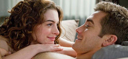"""Love And Other Drugs"": Gewinnen Sie tolle Packages zum neuen Kinofilm!"