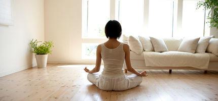 Yoga-Übungen für zu Hause • WOMAN.AT