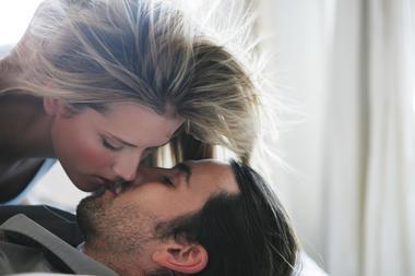 küsst sich schlecht