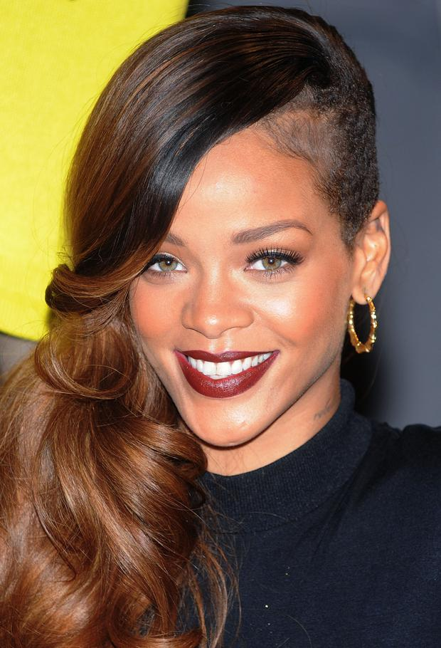 Frisuren Chamaleon Rihanna Woman At