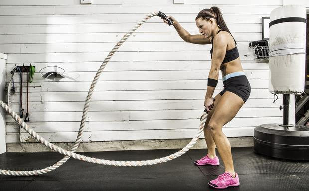 Crossfit 220 Bungen Woman At
