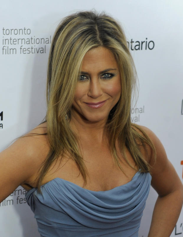 jennifer aniston f hnt ihr haar nicht woman at. Black Bedroom Furniture Sets. Home Design Ideas