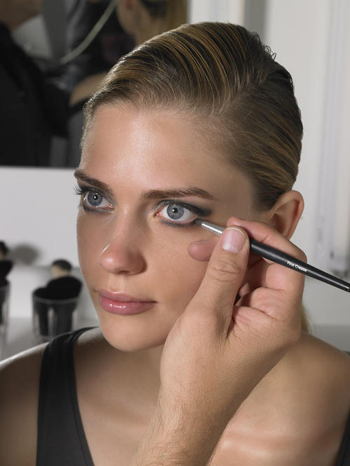 Anleitung Ball Make Up Glamour Woman At