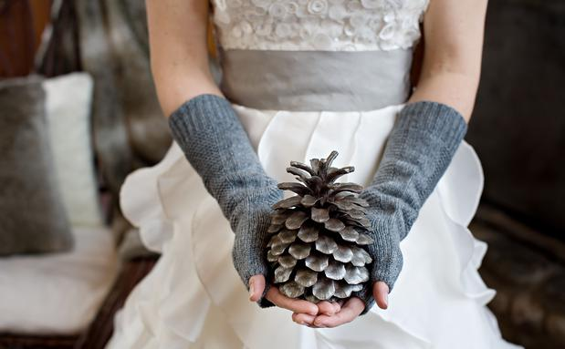 Brautmode Im Winter Woman At