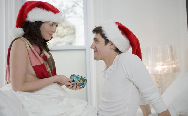 das w nschen sich m nner zu weihnachten woman at. Black Bedroom Furniture Sets. Home Design Ideas