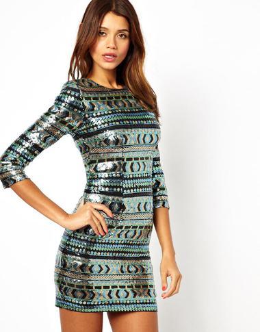 Pailletten Mini-Kleid • WOMAN.AT