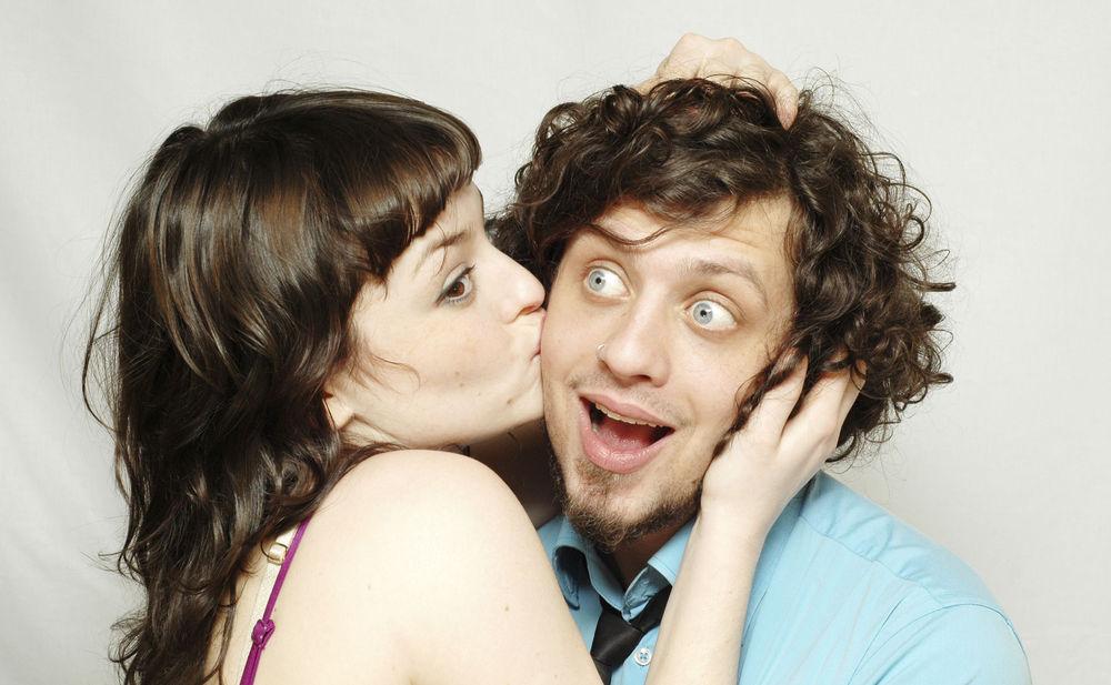 Studie: 15 Männer küssen & Traummann finden • WOMAN.AT