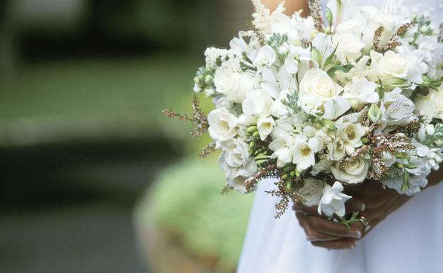 Lena Hoscheks Hochzeitsblog Heiraten In Tracht Woman At