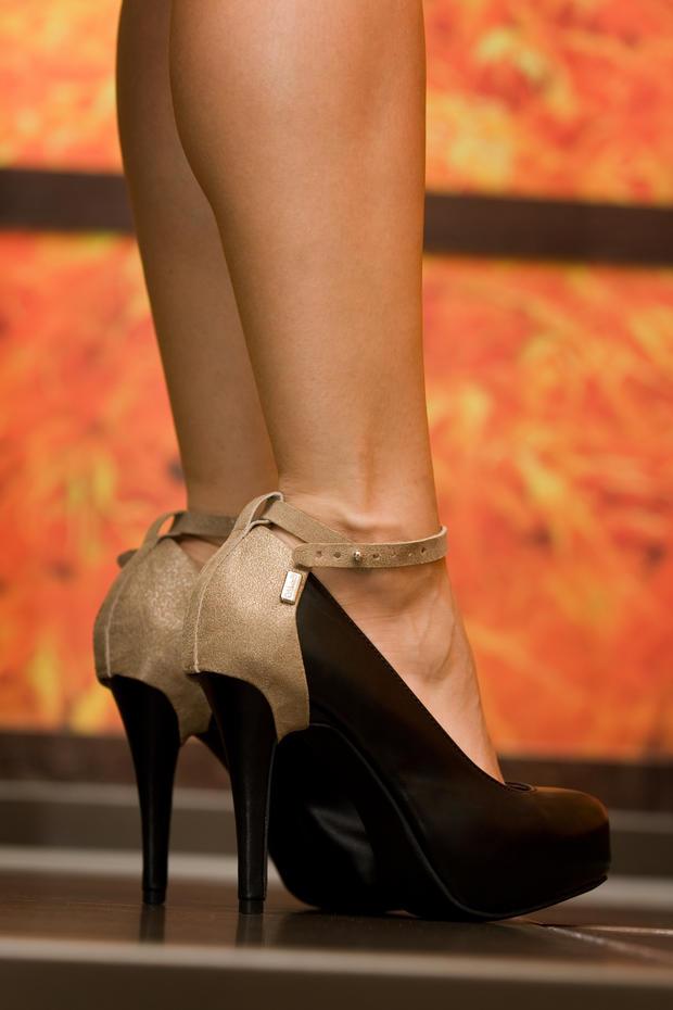 heel caps von shanks shoeware woman at. Black Bedroom Furniture Sets. Home Design Ideas