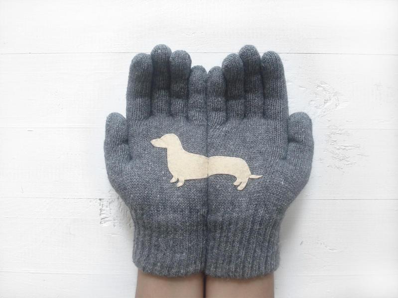 talking gloves