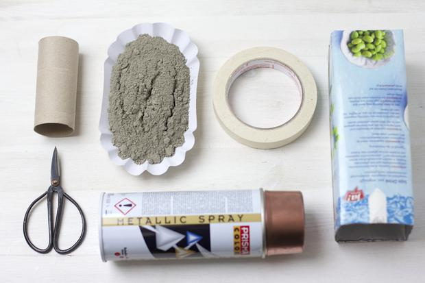 basteln mit zement vasen oder blument pfe woman at. Black Bedroom Furniture Sets. Home Design Ideas