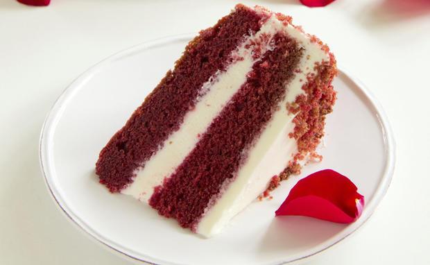 Valentinstagstorte Red Velvet Cake Woman At