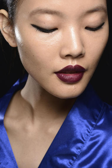 Bibhu Mohapatra Make-up NYFW Sommer 2015 dunkle Lippen