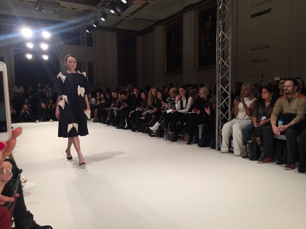 Bloggerin Clara Sein auf der London Fashion Week