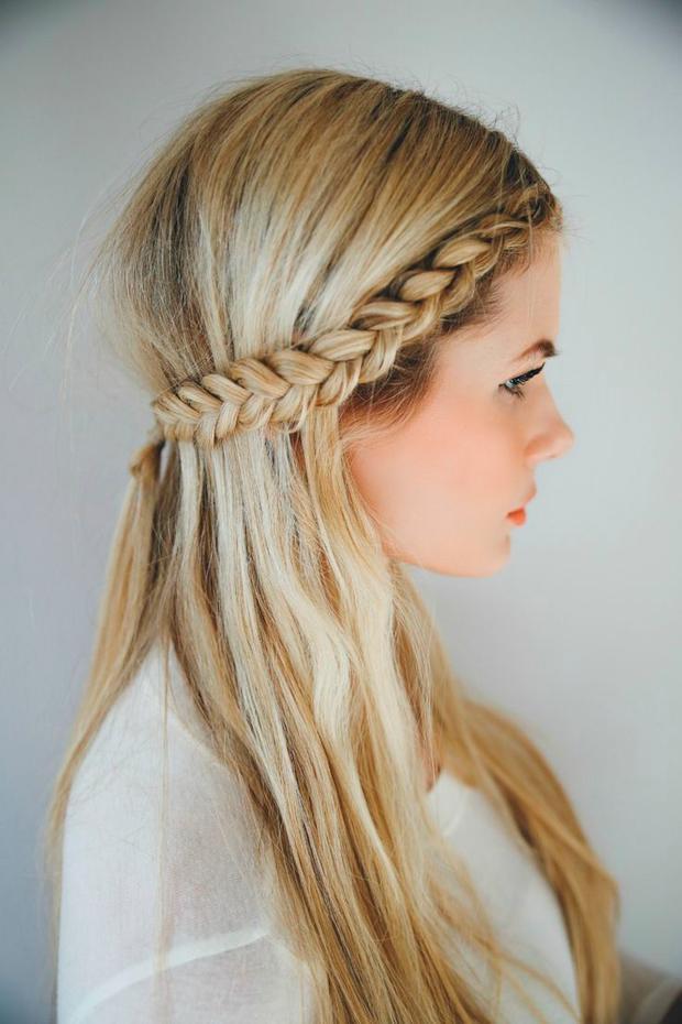 sommerfrisur crown braids woman