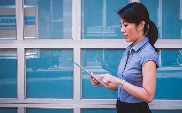 Business Mode Fur Starke Frauen Woman At