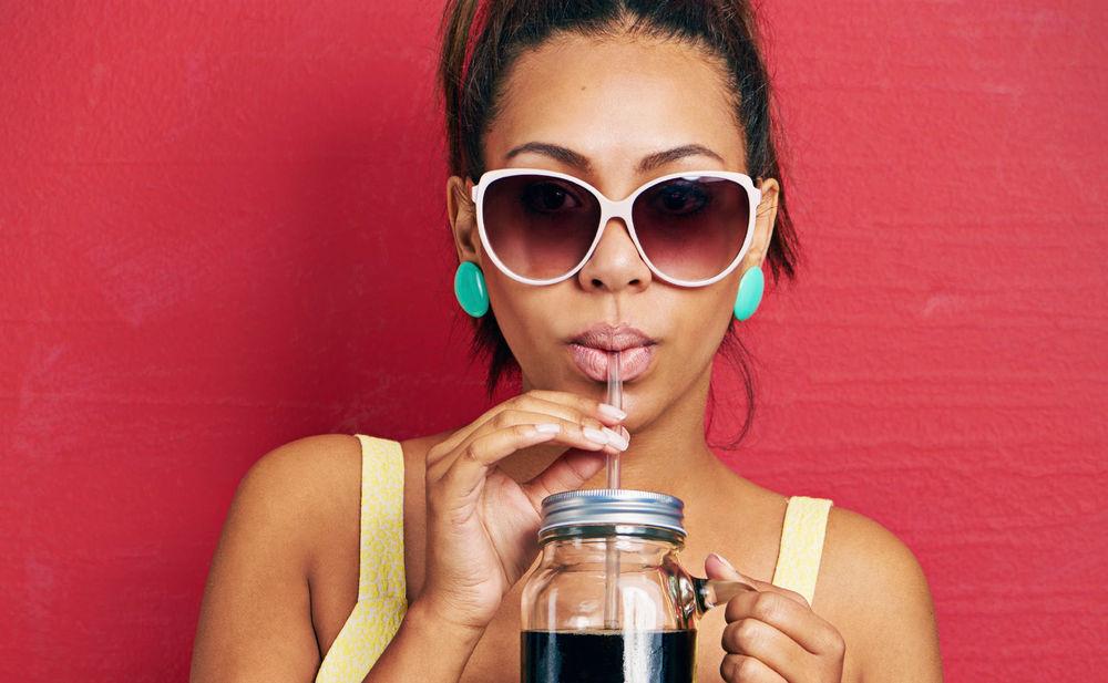 haare waschen mit coca cola woman at. Black Bedroom Furniture Sets. Home Design Ideas