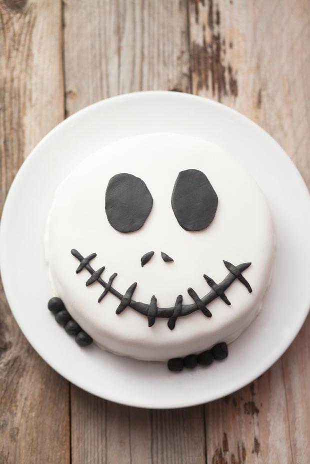 rezept schnell einfach k stlich die grusel halloween torte. Black Bedroom Furniture Sets. Home Design Ideas