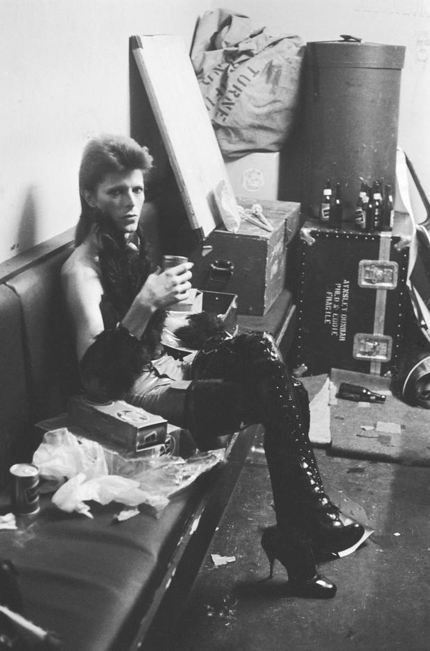 David Bowie mit High Heels