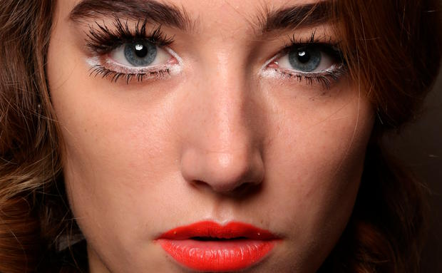 Beauty-Look bei Moschino.