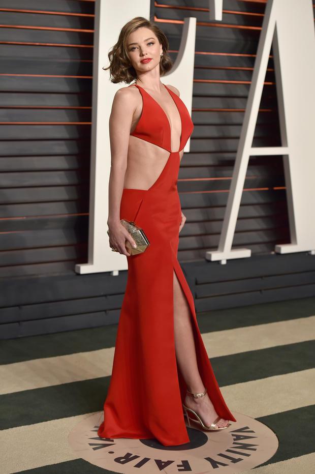 Die Outfits der Vanity Fair Oscar Party • WOMAN.AT
