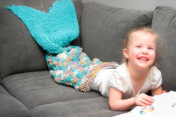 meerjungfrauenflossen decken woman at. Black Bedroom Furniture Sets. Home Design Ideas