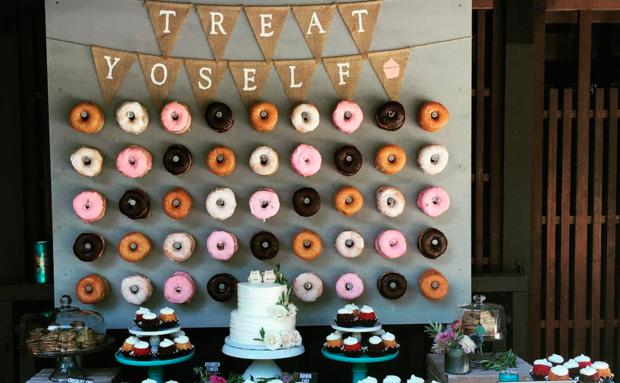 Trend Donut Wand Statt Hochzeitstorte Woman At