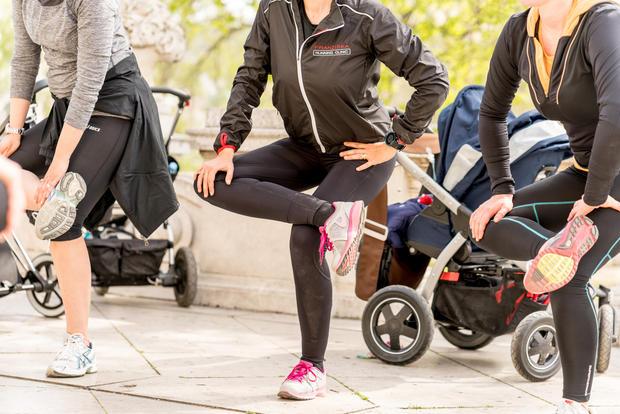 ist joggen in der schwangerschaft gesund woman at. Black Bedroom Furniture Sets. Home Design Ideas