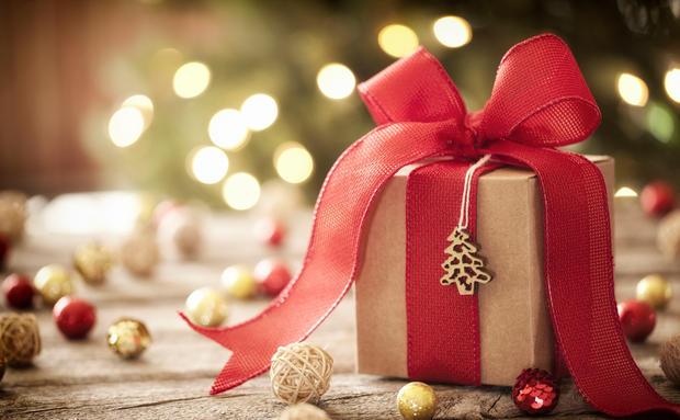 Geschenke Zu Weihnachten.Weihnachten Geschenke Fur Schwestern Woman At