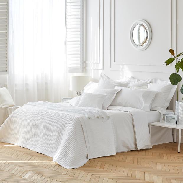zara home erster flagship store inmitten von wien woman at. Black Bedroom Furniture Sets. Home Design Ideas