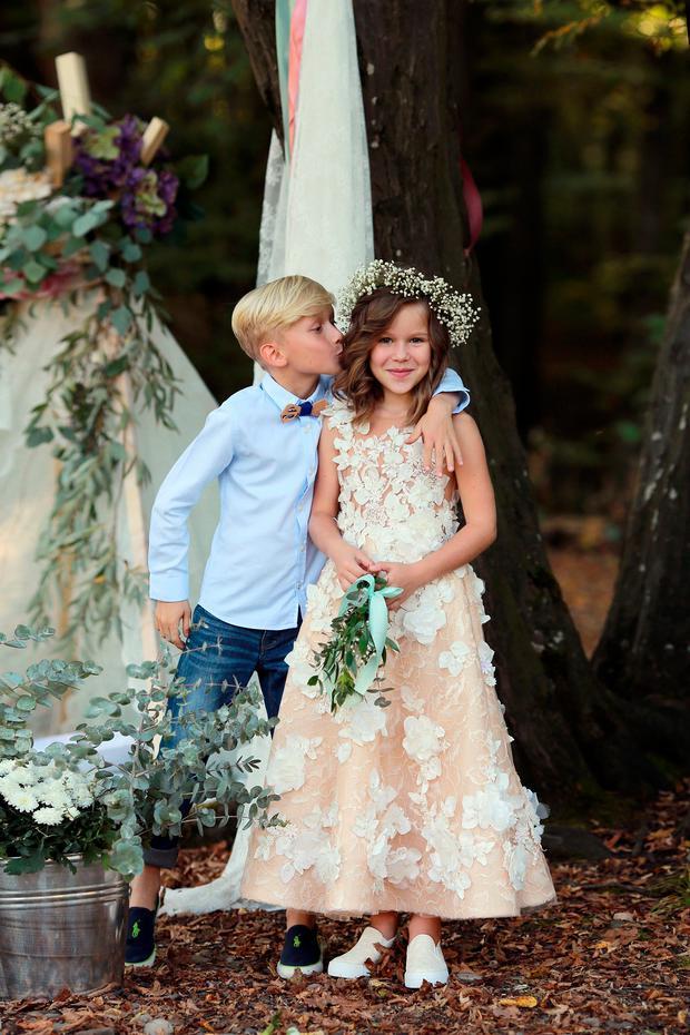 Hochzeit Kleider Fur Die Blumenkinder Woman At