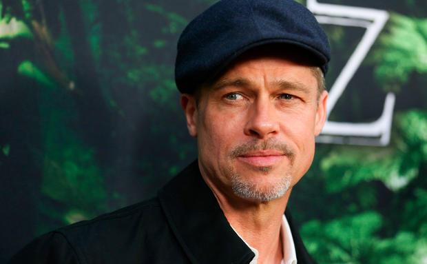 Ist die heiße Professorin Brad Pitts neue Flamme?
