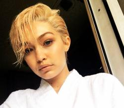 Gigi Hadid Model Double Izaijzerman
