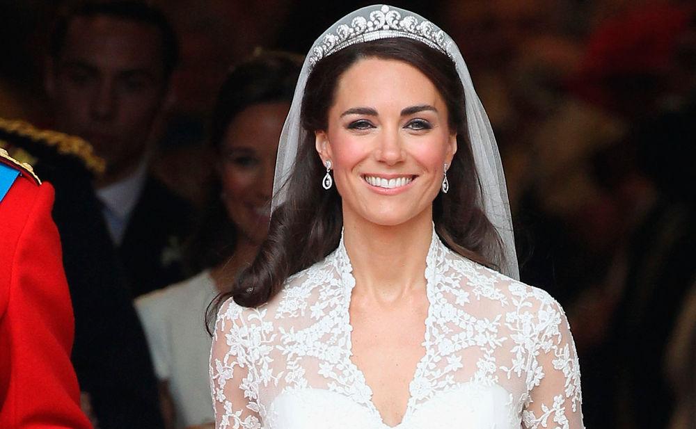 Pippa Middleton marries in lavish semiroyal wedding