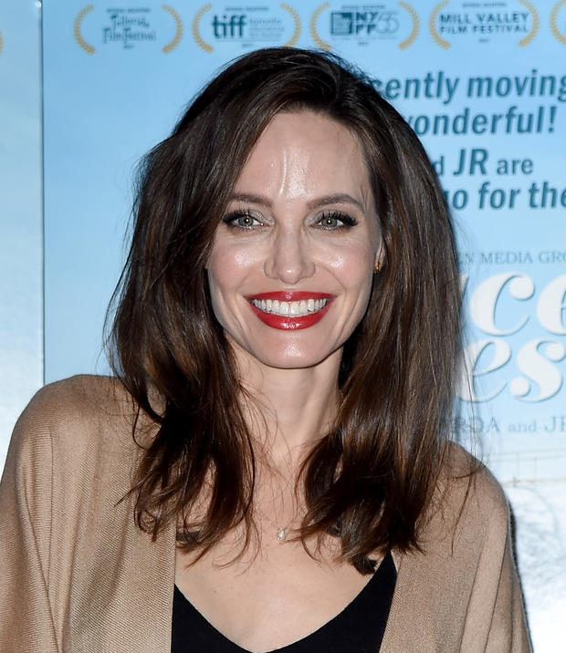 Angelina Jolie: Neues Leben, neue Frisur! • WOMAN.AT