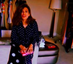 Wir wollen Eva Mendes Polka Dots-Outfit